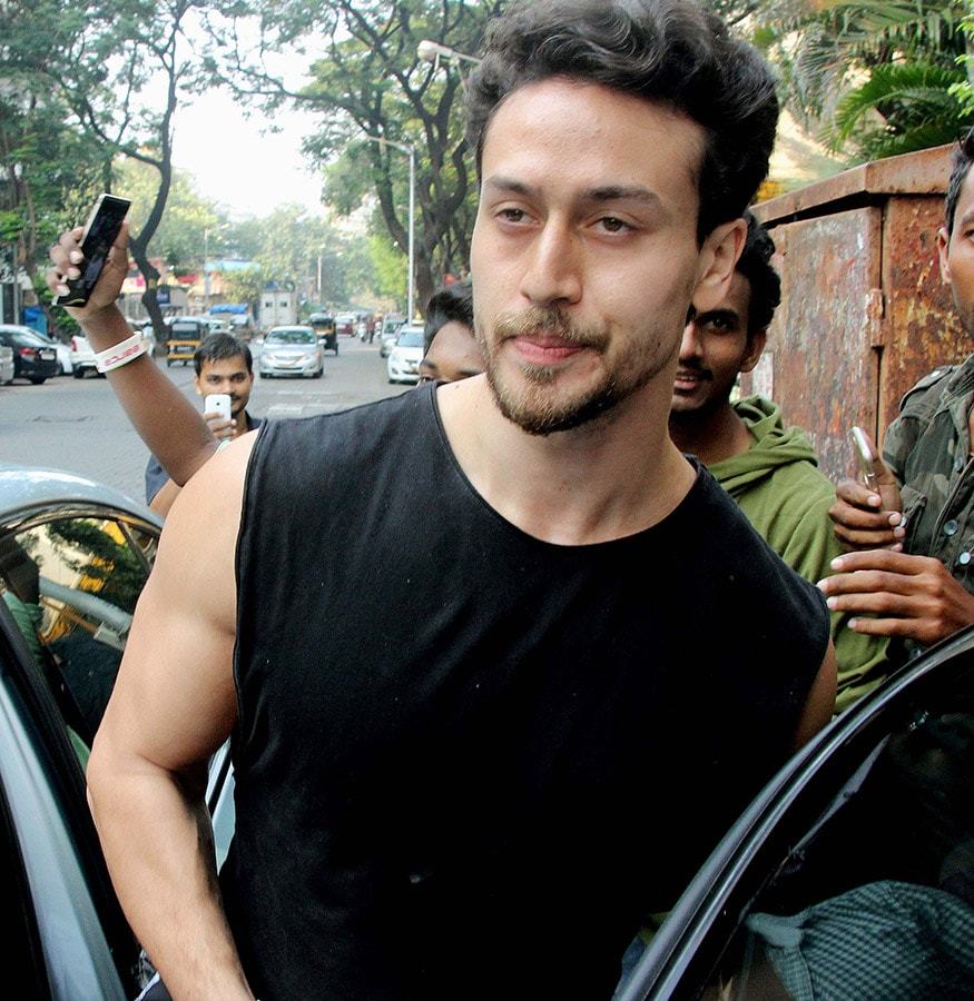 Disha Patanis Lunch Date With Tiger Krishna Shroff Photogallery
