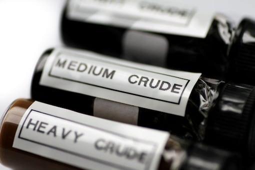 Sample bottles of crude oil.   (Photo: Reuters)