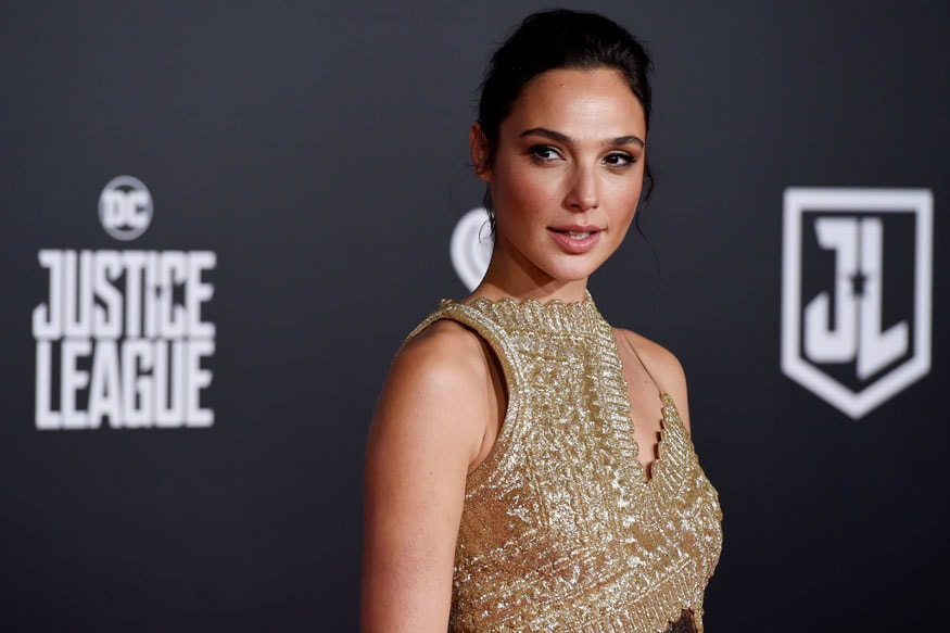 gal-gadot-fakes-nude-picture-girl