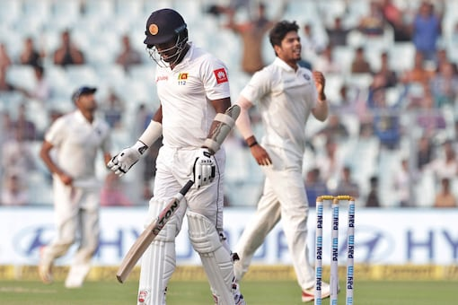 Angelo Mathews after being dismissed by Umesh Yadav (AP Image)