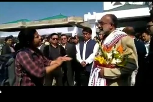 In the video, the minister K J Alphons can be seen placating the woman passenger. (CNN-News18 photo)