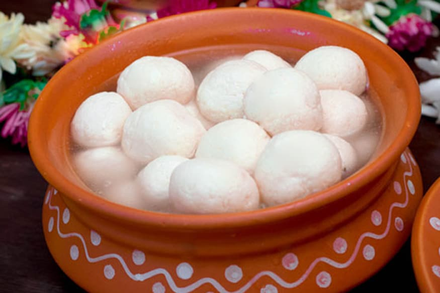 The members of self help groups based in Fulia said the sweet was also their tribute to the legendary sweet maker Haradhan Mondal, whom they called the actual inventor of the the enticing sweet dish,
