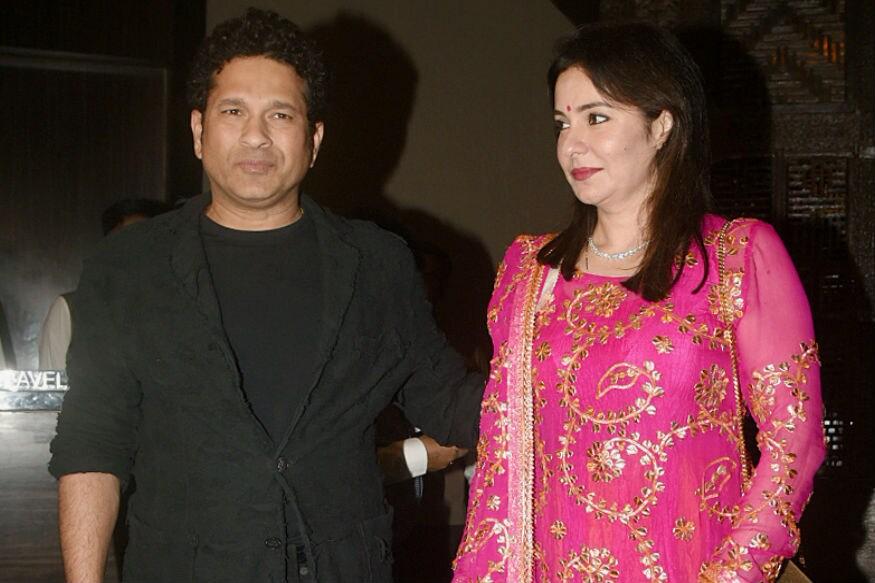 (Photo: Sachin Tendulkar with wife Anjali at Zaheer Khan-Sagarika Ghate's post-wedding party)