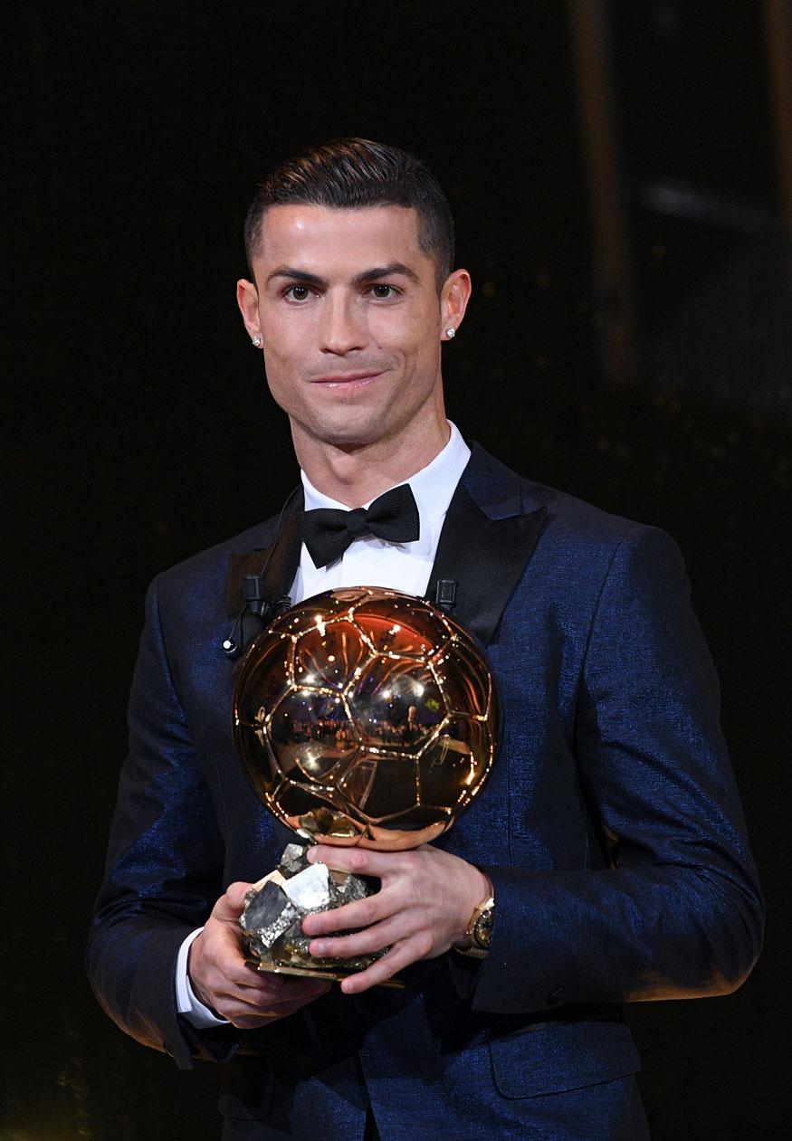 Cristiano Ronaldo Wins Ballon D U0026 39 Or 2017 Photogallery