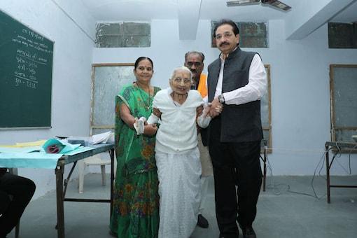 PM Narendra Modi's mother Hiraba after casting her vote in Gadhinagar.