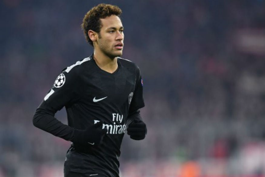 Neymar Leaves Hospital By Helicopter After Successful