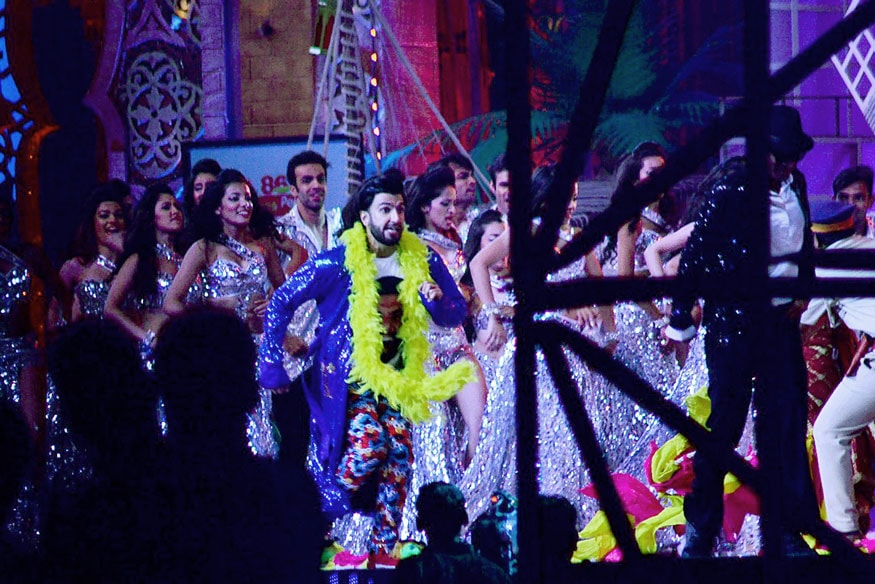 Ranveer Singh was spotted rehearsing for his performance at an award show in Mumbai. (Image: Yogen Shah)