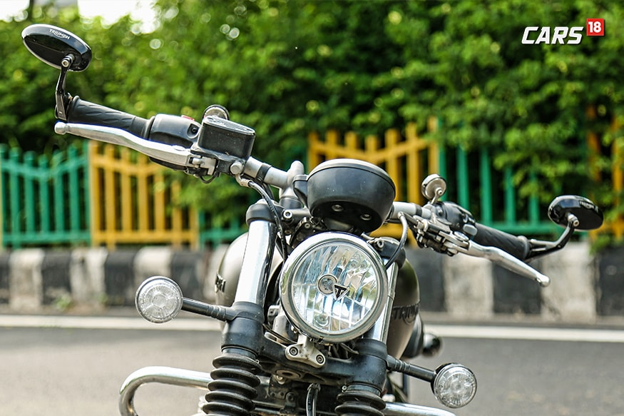 Triumph-Bonneville-Bobber-Review-Bar-End-Mirrors