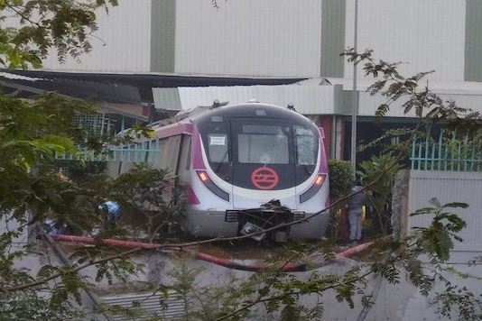 The metro train was on a trial run when it crashed into a wall at the Kalindi Kunj depot in Delhi. (Photo: News18)