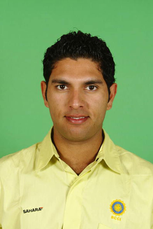 Yuvraj Singh Birthday Special: 21 Rare Photos of Stylish Cricketer