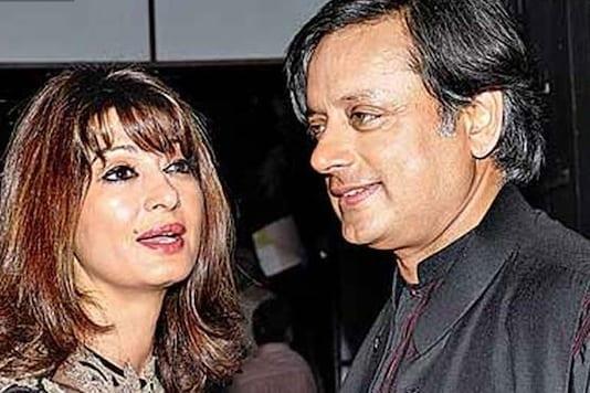 File photo of Congress MP Shashi Tharoor and wife Sunanda Pushkar.