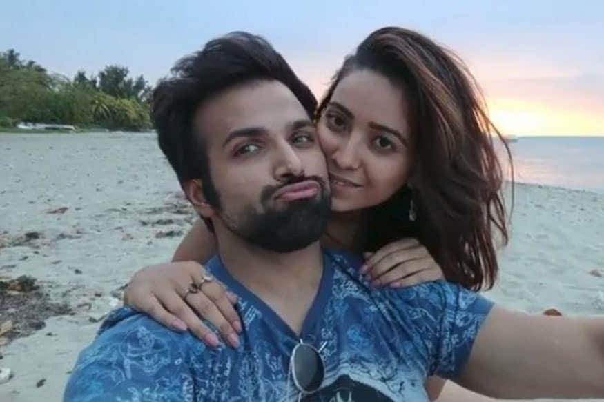 Rithvik dhanjani and asha negi dating