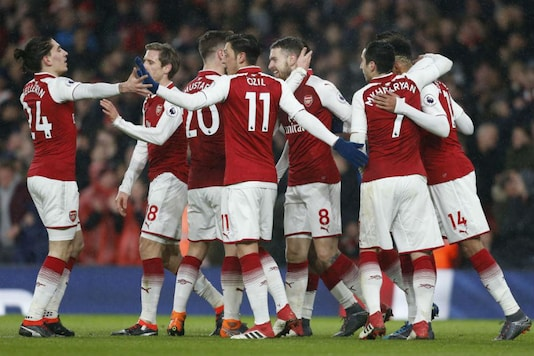Arsenal celebrate their win (Image: PL/Twitter)