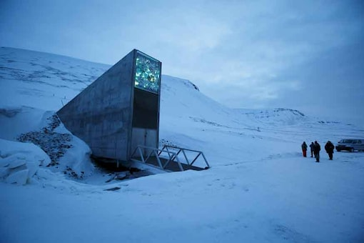 The entrance to the international gene bank Svalbard Global Seed Vault (SGSV) is pictured outside Longyearbyen on Spitsbergen, Norway, February 29, 2016. (Image: Reuters)