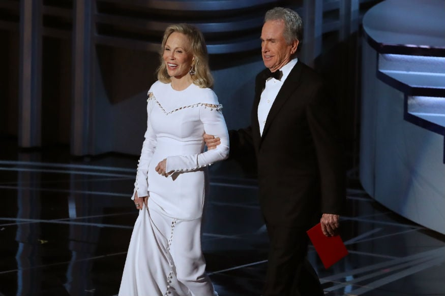 (Photo: Faye Dunaway and Warren Beatty  at the 89th Academy Awards/ Reuters)