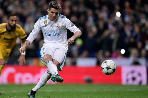 Real Madrid's Cristiano Ronaldo scores his penalty against Juventus (Image: UEFA Champions League/Twitter)