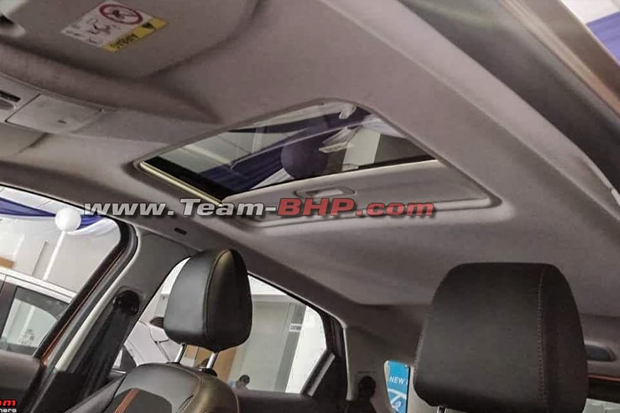 Ford-EcoSport-S-Sunroof