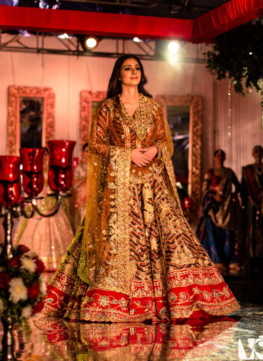(Photo: Tabu turns showstopper for Rimple and Harpreet Narula/ elevate promotions)