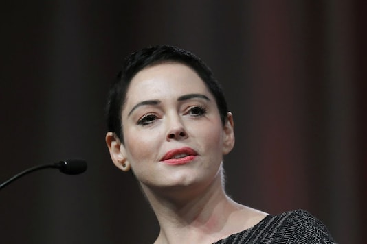 Rose Mcgowan Told To Grow Hair Longer Or Men Wouldn T Want Her