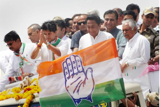 File photo of Congress leaders Kamal Nath and Jyotiraditya Scindia. (PTI photo)