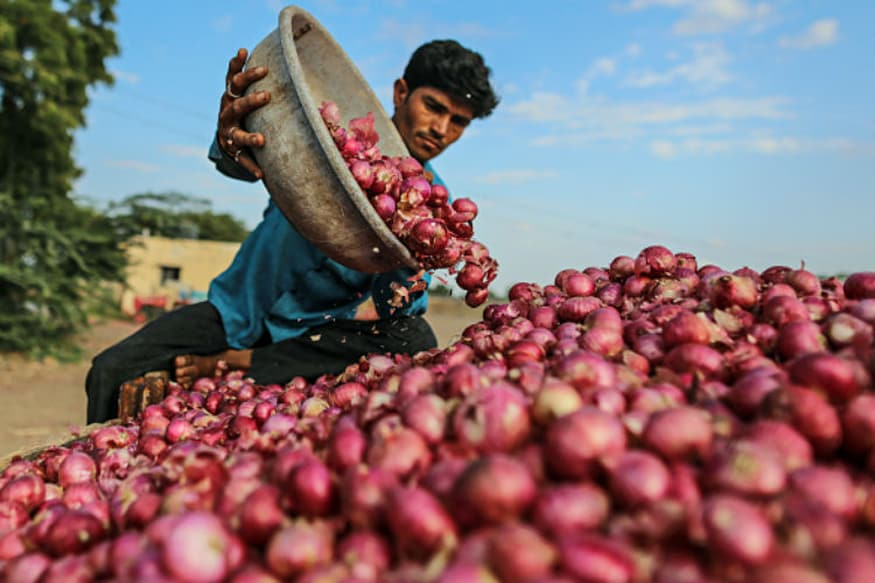 MP Farmer Dies of Shock After Earning Paltry Rs 10,000 for 27 Quintal Onions