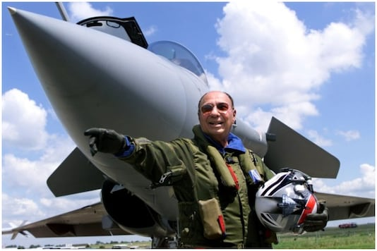 File Photo of Serge Dassault in front of a French made Rafale aircraft | Image: Reuters