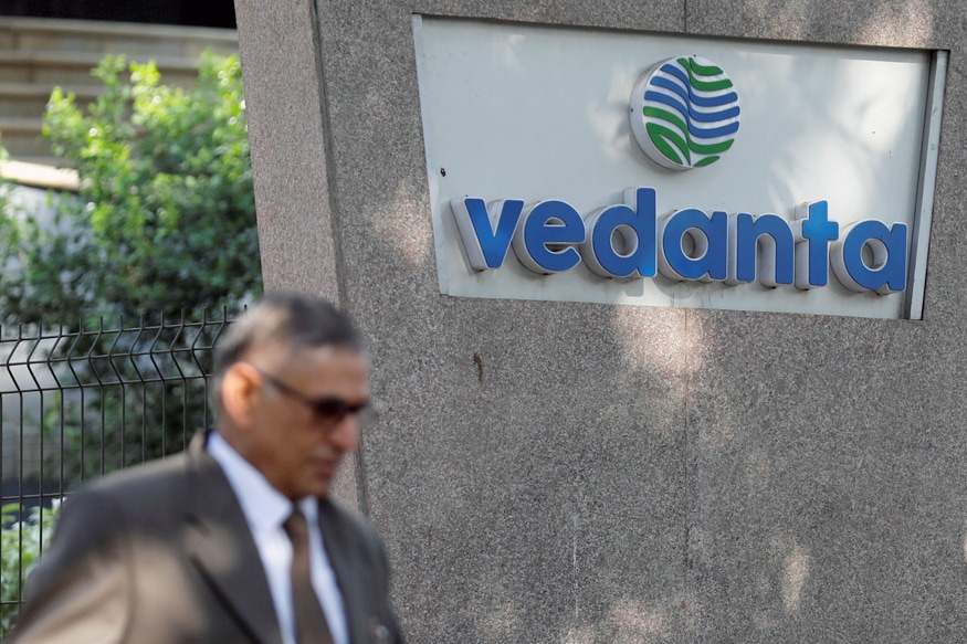 Vedanta Slumps 20 Percent on Worries About Cairn India Investment