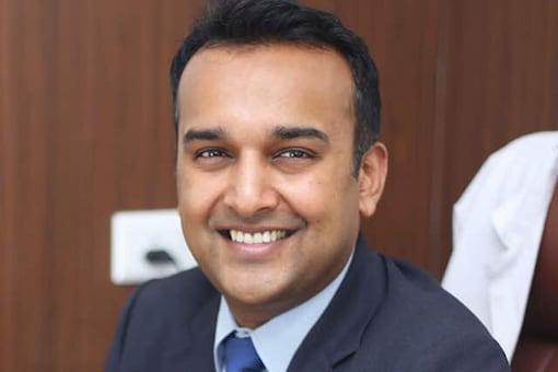 Dr Sameer Gupta