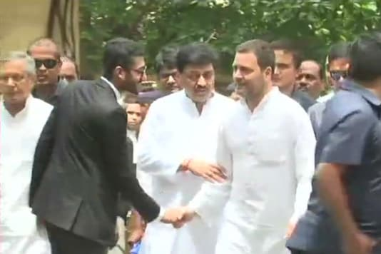 Congress president Rahul Gandhi makes his appearance at the Bhiwandi court on June 12, 2018.