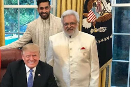 US President Donald Trump seen with Shalabh Kumar (man with white beard), founder of the Republican Hindu Coalition (RHC) and Vikram Aditya Kumar, chair of RHC.