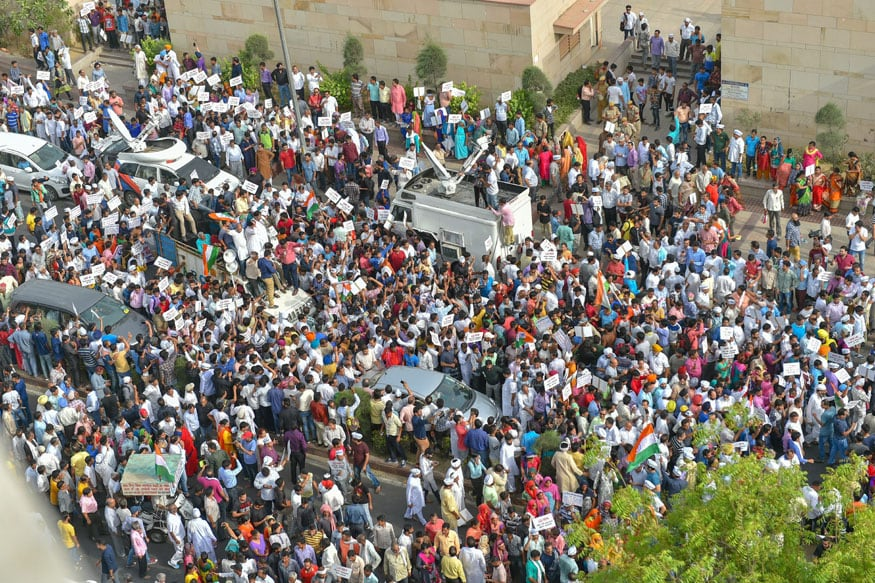 AAP Takes Out Mega Rally Against IAS Strike as Kejriwal's Dharna Enters Day 7
