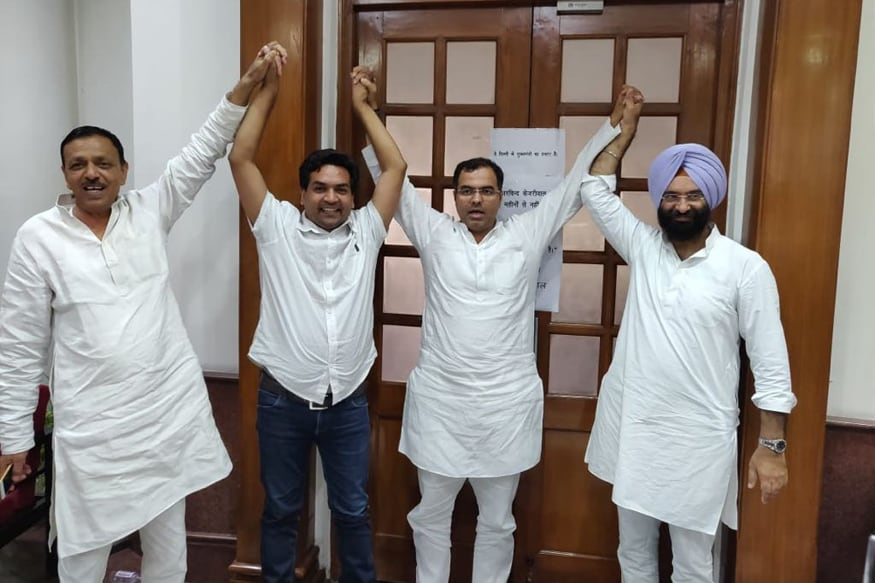 BJP Leaders Call Off Protest at Kejriwal's Office, Claim Victory
