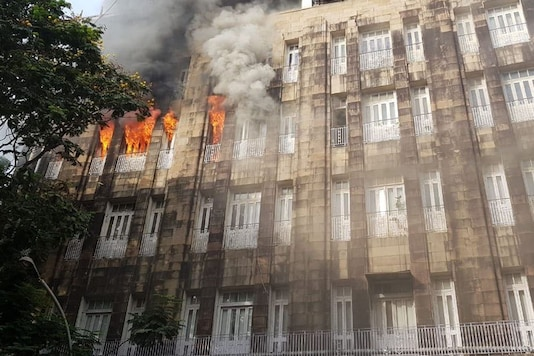 The fire at Scindia House office building in Mumbai. (Photo: Twitter)