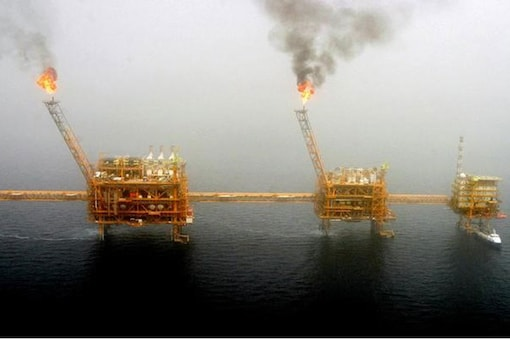 Gas flares from an oil production platform at the Soroush oil fields in the Persian Gulf, south of the capital Tehran. (Image: Reuters)