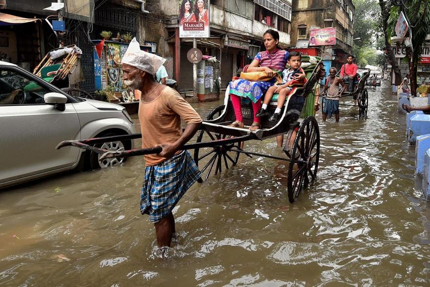 Heavy Rains Lash Kolkata: Water-logging at Several Places ...
