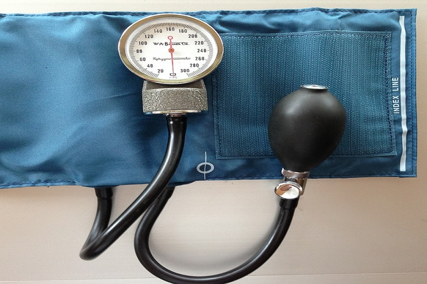 8 Effective And Natural Ways to Manage High Blood Pressure thumbnail