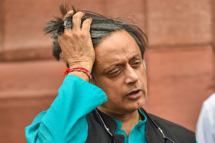 Shashi Tharoor Files Defamation Case Against Ravi Shankar Prasad for Calling Him 'Murder Accused'