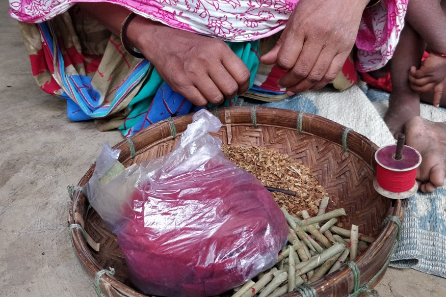 The villagers thrive on the income earned by the women by selling beedis