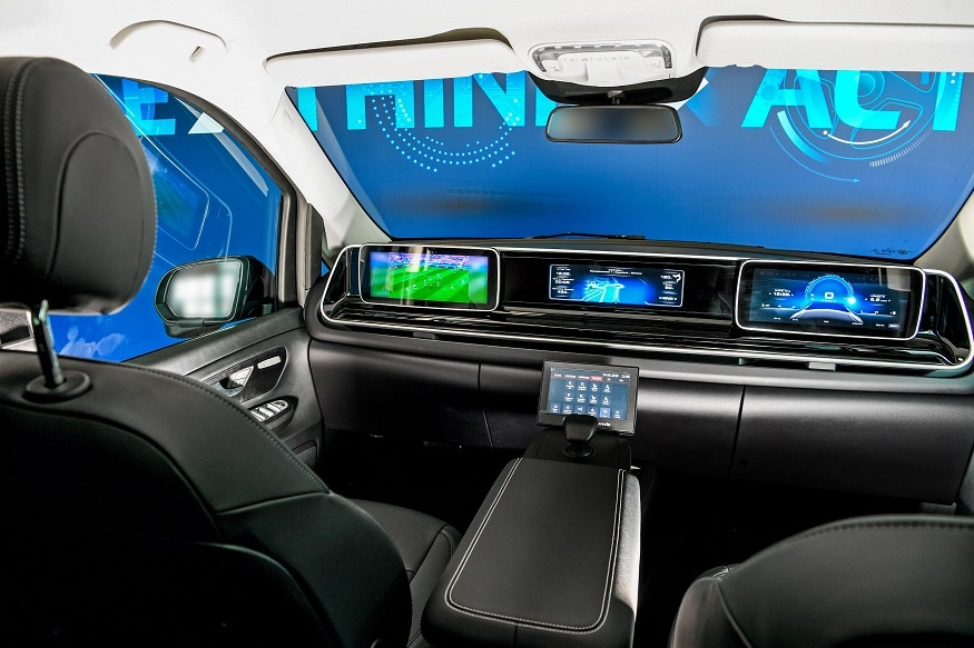 The Future of  Cockpit from ZF Without steering wheel and pedals. (Image: ZF)