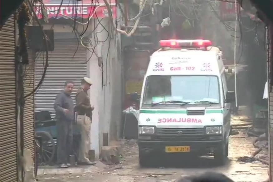 At Least 30 Dead, Several Feared Trapped After Massive Blaze in Delhi's Anaj Mandi
