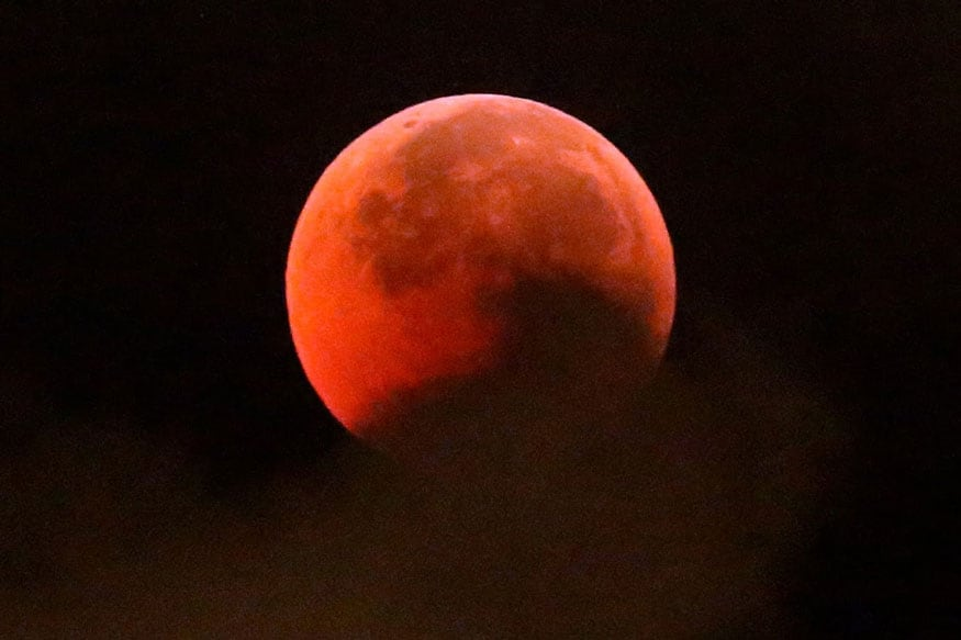 Lunar Eclipse 2019: Watch the Rare Super Blood Wolf Moon; Next One to Appear in 2021