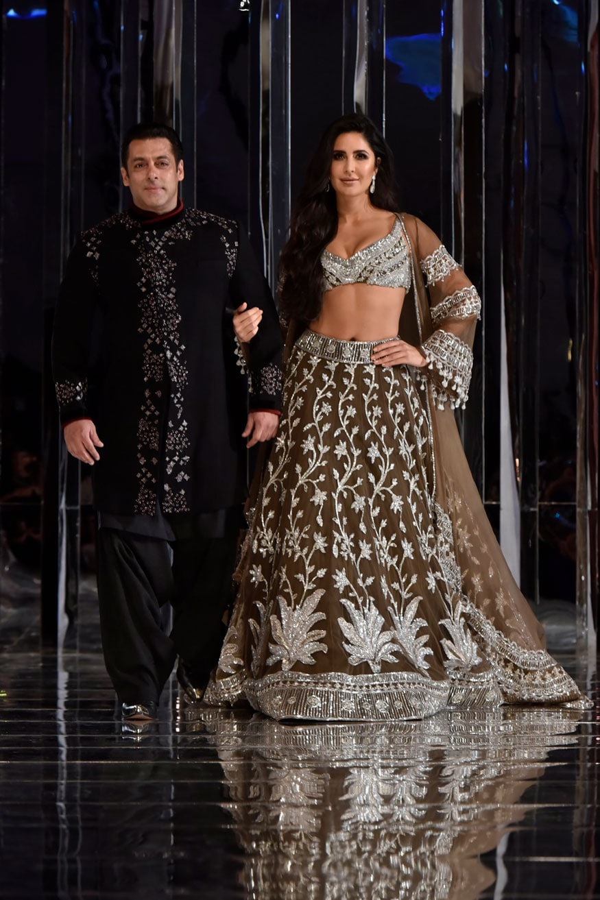 Salman Khan and Katrina Kaif set the runway ablaze as they turned showstoppers for one of Bollywood's favourite designers, Manish Malhotra, who presented his bridal couture collection at his show Zween in Mumbai on August 1, 2018. (Image: Viral Bhayani)