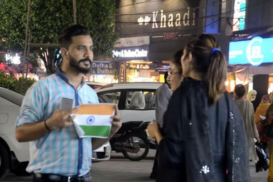 WATCH: This is What Pakistanis Will Do if You Ask Them to Tear The Indian Flag