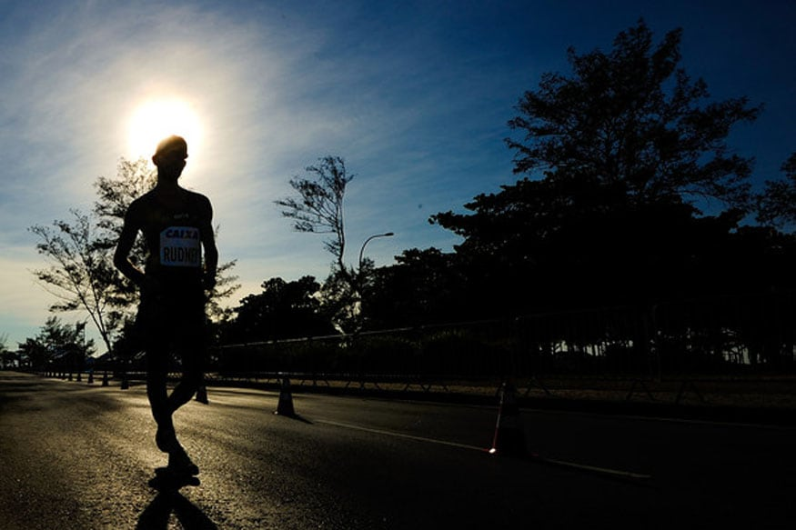 This is How an Extra 15 Minute Daily Walk Can Boost Global Economy: Study