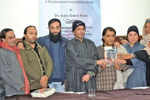 DR aijaz at book launch Photo courtesy Dr Aijaz