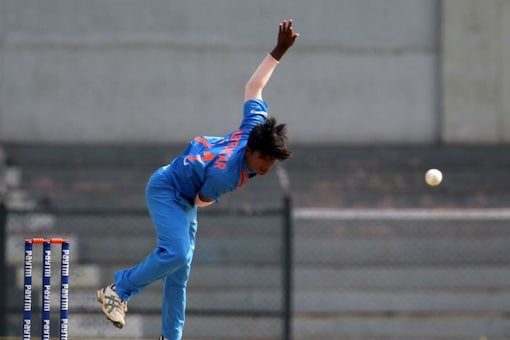 Pooja Vastrakar Returns, Shikha Pandey Misses Out From Indian Squad for Women's World T20