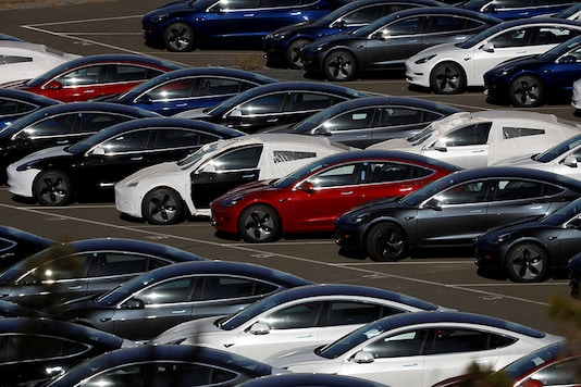 Tesla Drops Color Options for Cars to Simplify Production