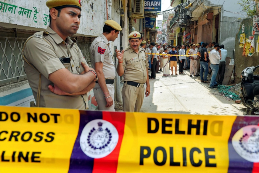 55-year-old Woman Raped, Brutally Murdered at Delhi Home; Neighbours Inform Cops After Finding Body