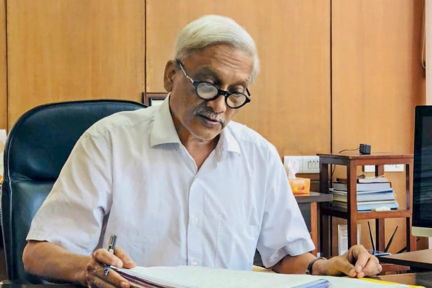 Congress Sees Rafale Link in Why BJP is Keeping Ailing Manohar Parrikar as Goa CM