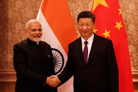 File photo of PM Narendra Modi along with Chinese President Xi Jinping.  (Image: PIB India/Twitter)